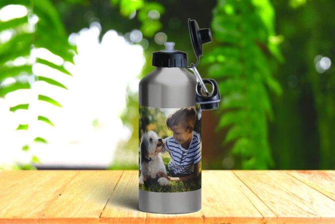 Alu-Trinkflasche Design von Rechts